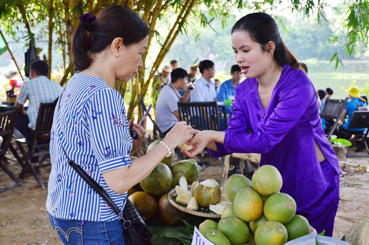Nét dân dã ở phiên chợ Hương xưa làng cổ - 26