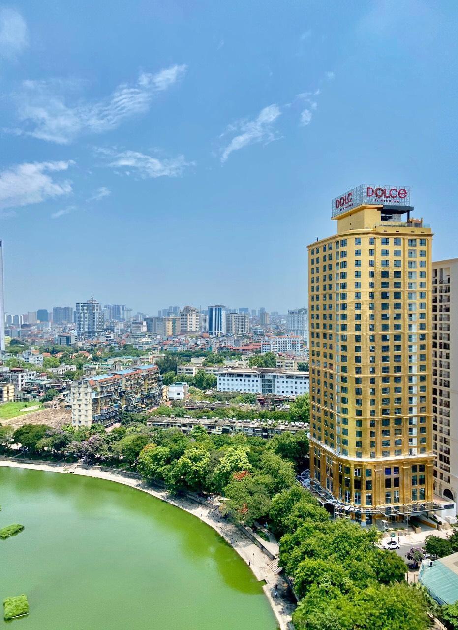 Khách sạn Dolce Ha Noi Golden Lake.
