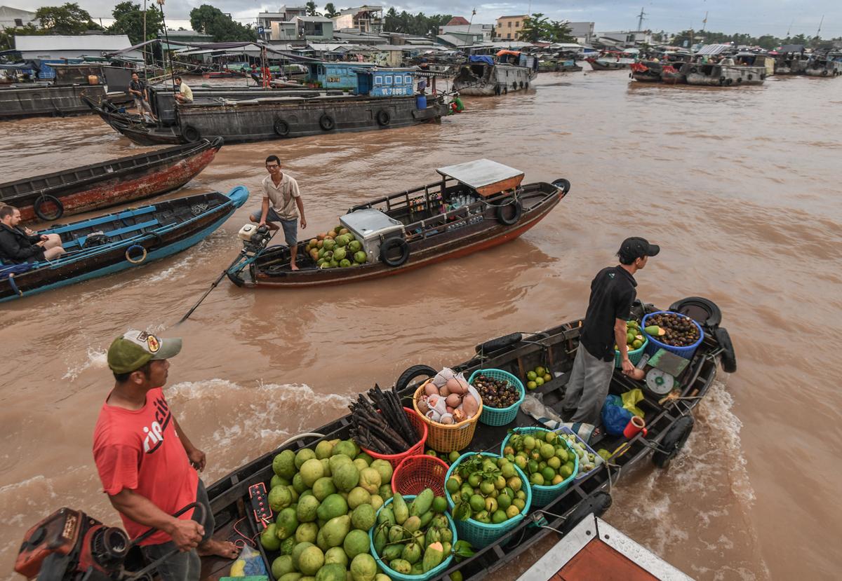 Hoạt động giao thương chợ nổi Cái Răng đã tạo nên nét đặc trưng cho du lịch sông nước miền Tây. Ảnh: Kiều Dương.