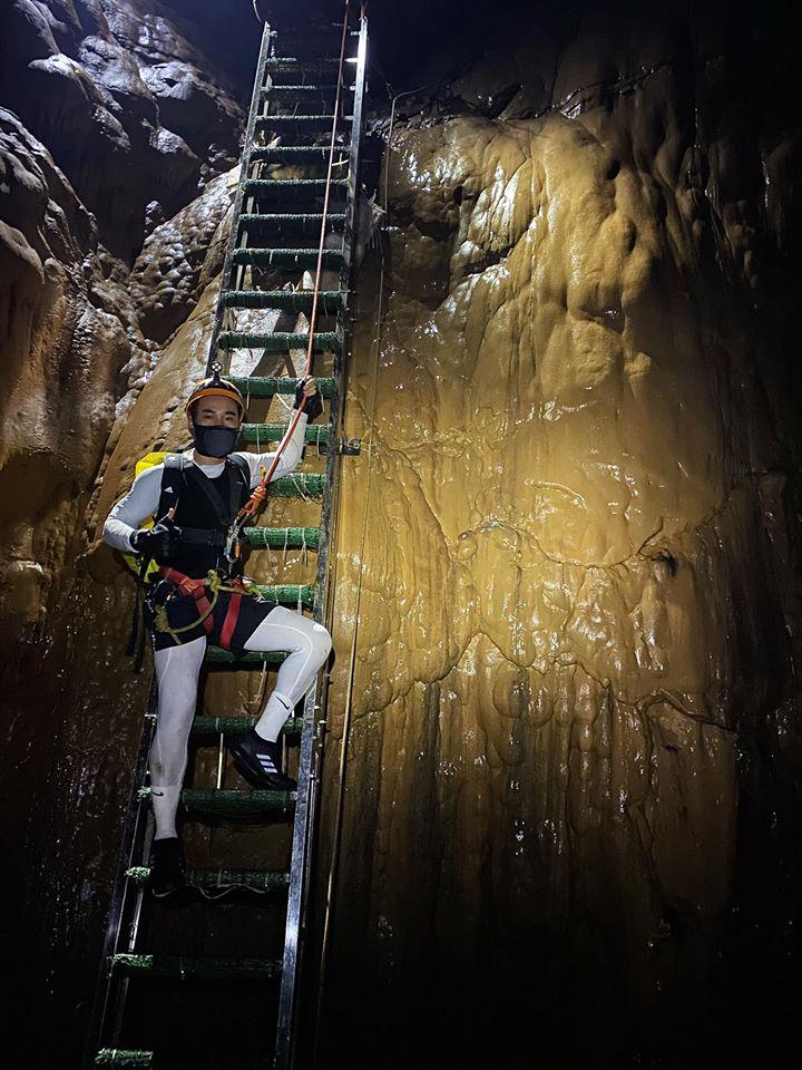 Điểm cuối cùng của hành trình là Bức Tường Việt Nam cao gần bằng một toà nhà 30 tầng, dựng đứng và trơn tuột. Hà Duy cùng mọi người phải dùng hết sức để đi lên bằng những kỹ thuật đã được dạy. Nhờ sự giúp đỡ của các chuyên gia, mọi người đều vượt qua thành công chặng đường đầy gian nan và mất sức ấy.