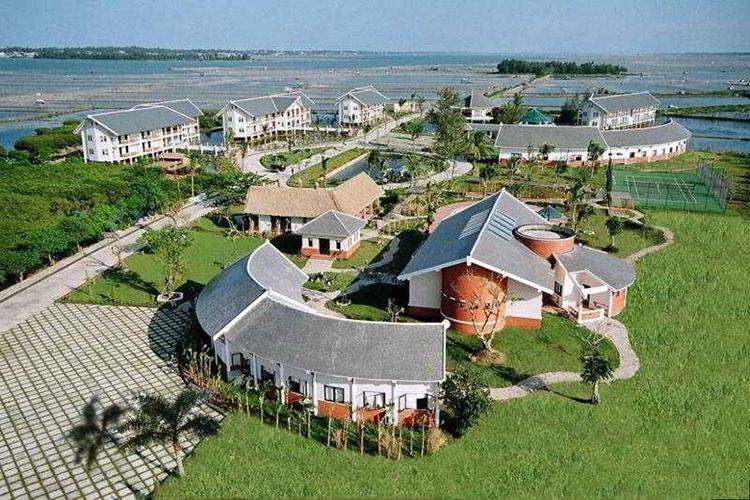 Khu nghỉ dưỡng Sun and Sea cách trung tâm TP.Huế 12 km. Ảnh: Sở Du lịch Thừa-Thiên Huế.