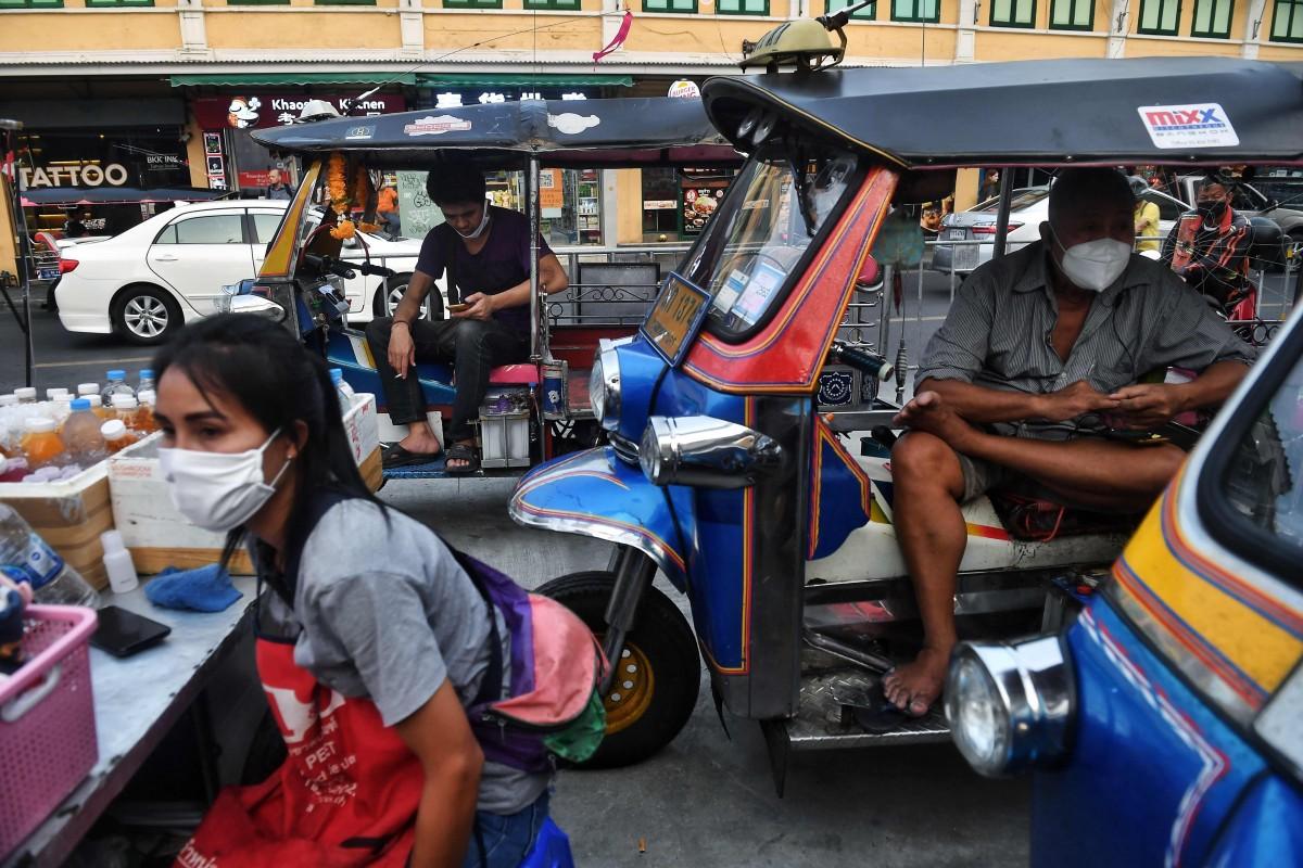 Chính phủ Thái Lan còn cấm bán hàng rong trên đường Khao San và các khu vực khác để thu hút nhiều khách du lịch hơn. Ảnh: AFP
