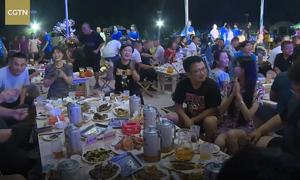 Festival bán hết 75 tấn bia