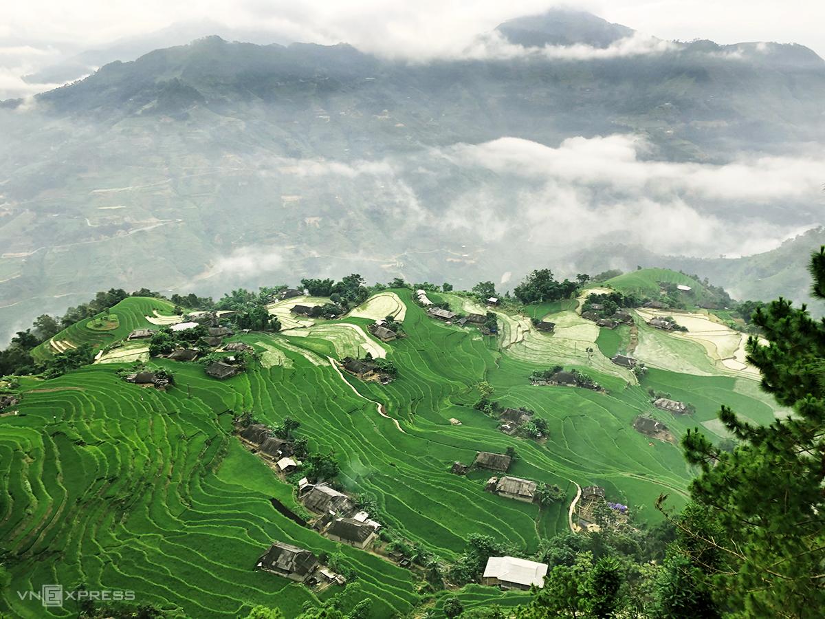 Điểm đích của chuyến đi là Bản Phùng – một bản sát với biên giới, cách trung tâm thị trấn Vinh Quang của Hoàng Su Phì 30 km. Ảnh: Tạ Thanh Quang
