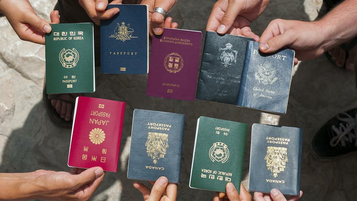 Bảng xếp hạng Henley Passport Index vẫn đánh thứ tự theo số quốc gia miễn visa cho công dân từng nước, về mặt lý thuyết trong bối cảnh hiện nay. Ảnh: Escape