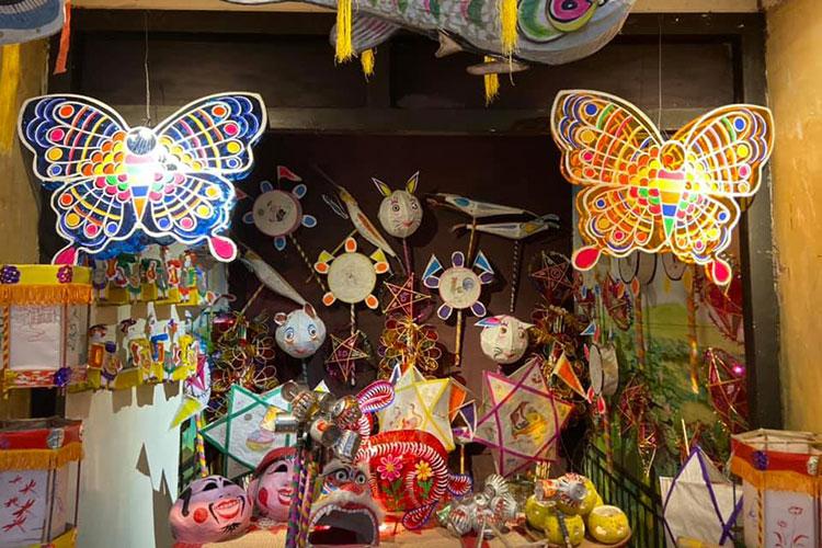 Gian đồ chơi truyền thống tại Hoàng Thành. Ảnh: Hoàng thành Thăng Long.