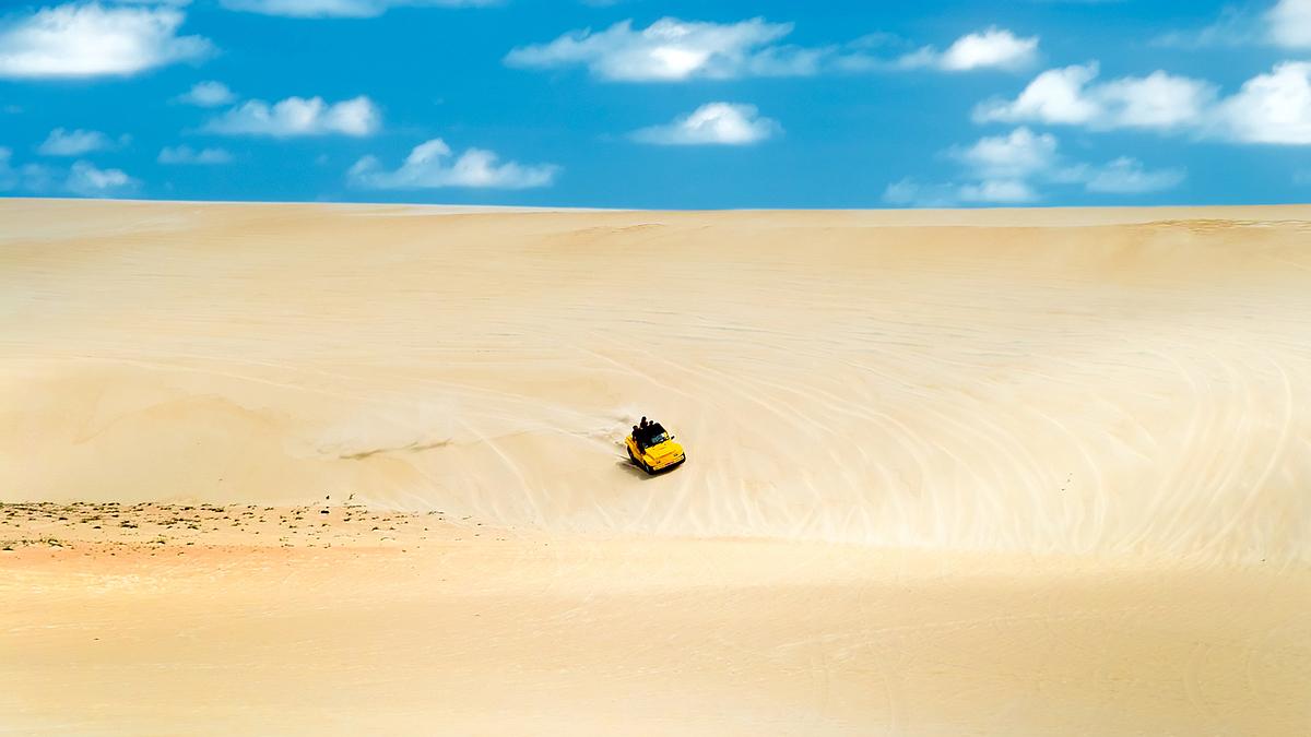 Đồi cát bay Mũi Né, Bình Thuận.