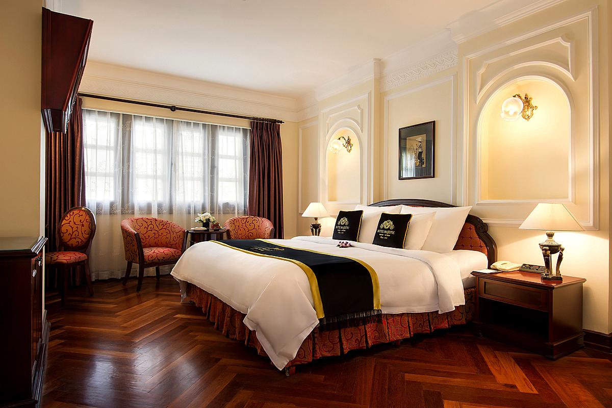 Khách sạn Majestic có gói nghỉ dưỡng cuối tuần dành cho 2 người với giá ưu đãi 3,6 triệu đồng.