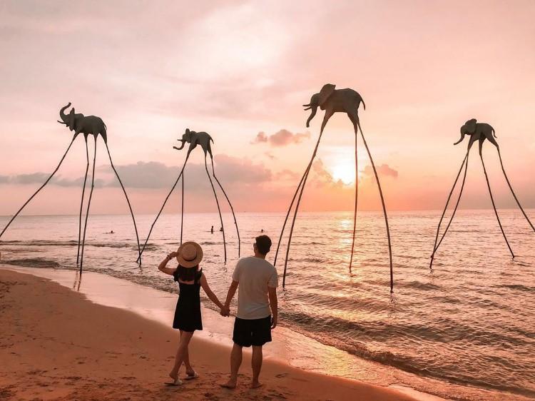 Sunset Sanato là một trong những điểm ngắm hoàng hôn đẹp trên đảo ngọc. Ảnh: @_jocelynyeoh.