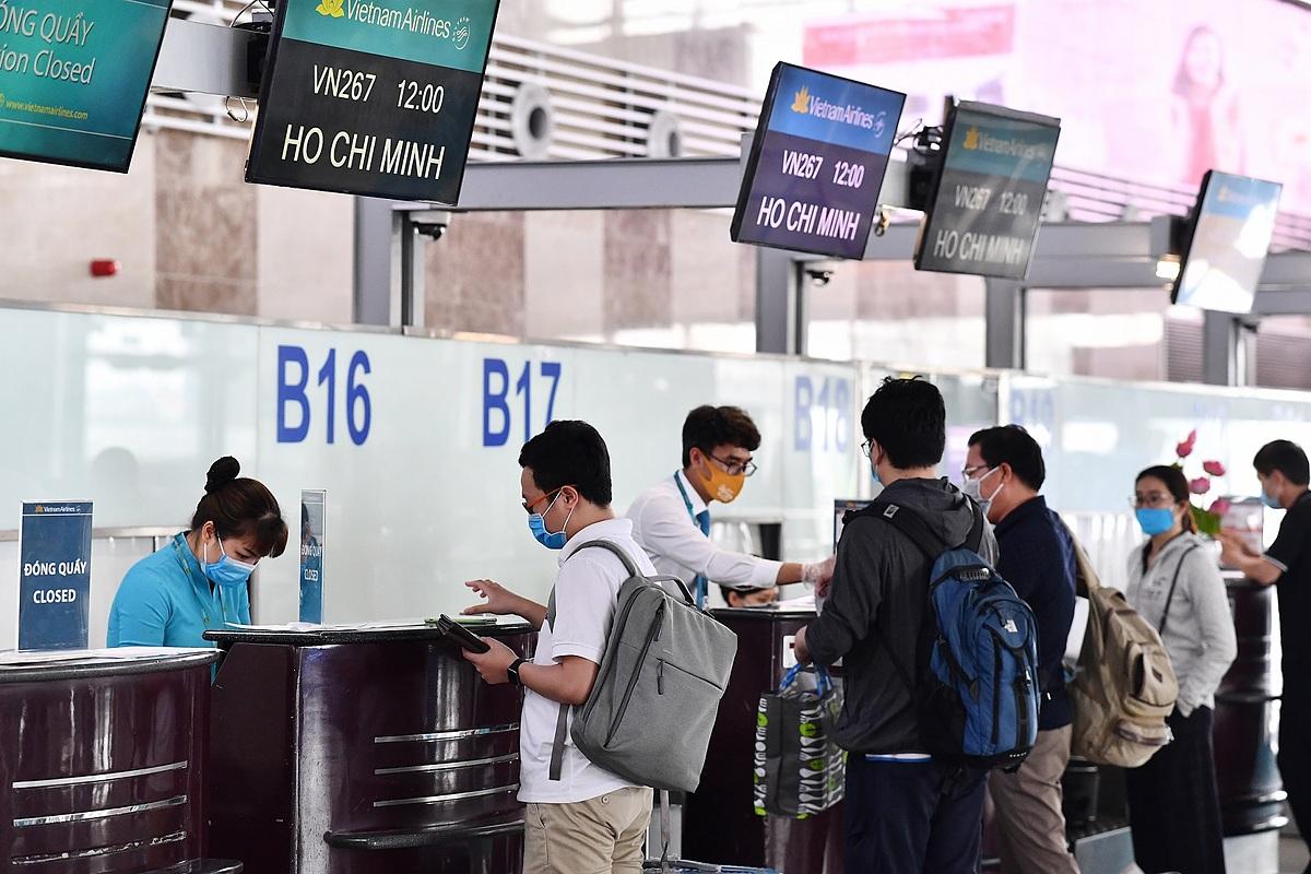 Với chính sách mới, du khách có chuyến bay đi và đến Côn Đảo chỉ cần làm thủ tục bay một lần tại sân bay xuất phát. Ảnh: VNA