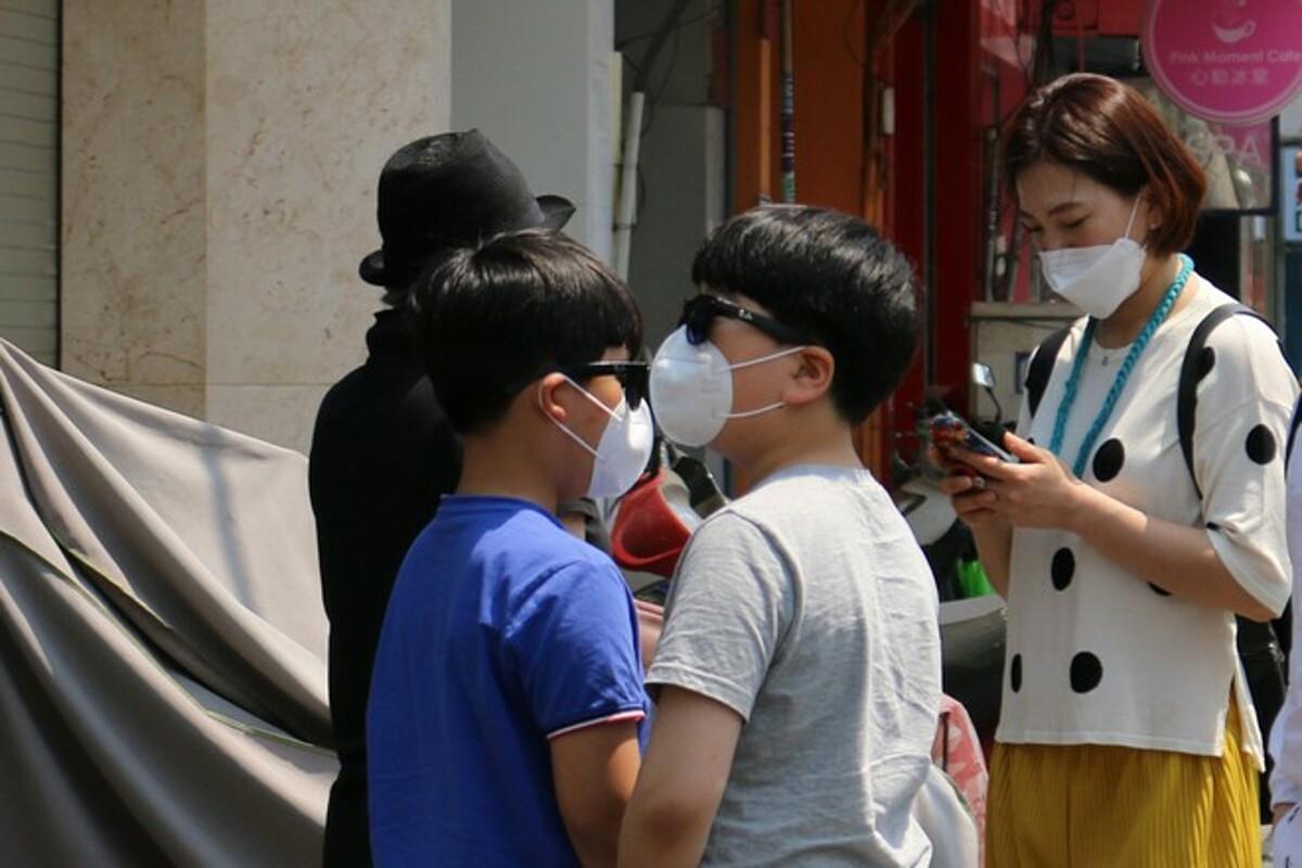 Khách Hàn Quốc nằm trong nhóm 3 thị trường quốc tế đến TP HCM. Trong ảnh: Nhóm khách Hàn Quốc tham quan tại TP HCM. Ảnh: Thu Ngân