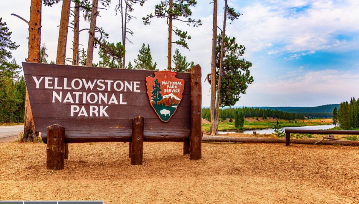 Công viên có quy định cấm du khách không được mang thực phẩm vào khu vực có các mạch nước nóng phun. Ảnh: iStock