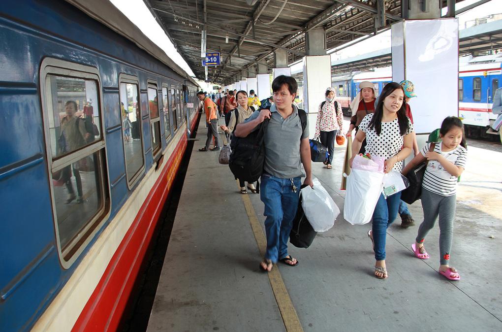 Đường sắt Sài Gòn giảm 50% giá vé