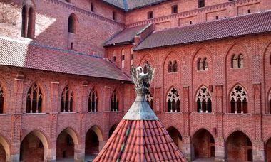 malbork-castle-6-4282-16054367-3026-7494-1605436932_380x228