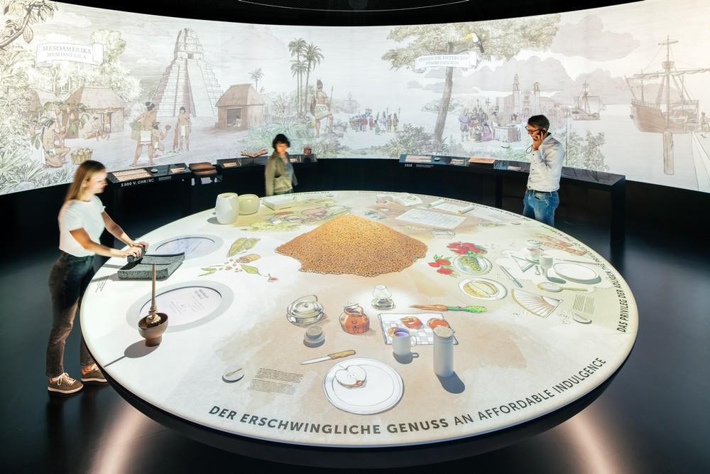 Triển lãm lịch sử 5.000 năm của sôcôla và cách sôcôla Thụy Sĩ chinh phục thế giới tại bảo tàn. Ảnh: Michael Reiner