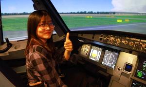 Lái máy bay như phi công thực thụ ngay tại TP HCM