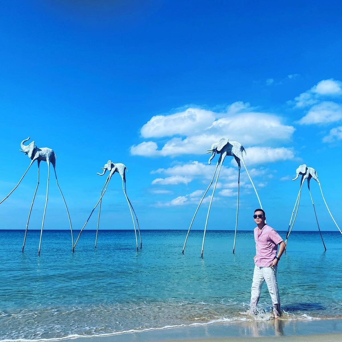 Vlogger Hoàng Nam lặn ngắm san hô ở Phú Quốc