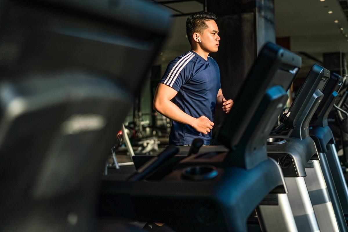 Bên cạnh khu vực spa là trung tâm thể thao Elements Fitness, phòng tập Yoga với đầy đủ trang thiết bị hiện đại. Du khách có thể tận hưởng kỳ nghỉ mà không gián đoạn quá trình chăm sóc sức khỏe.