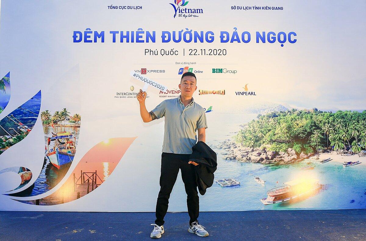 Ghé thăm Phú Quốc lần thứ 3, vlogger Hoàng Nam - Challenge me khẳng định, Phú Quốc có tất cả: rừng vàng, biển bạc, con người thân thiện, di tích lịch sử, những trang sử hấp dẫn... Khi được đầu tư phát triển và có thêm khu nghỉ dưỡng đẹp, hòn đảo là điểm đến đắt giá.