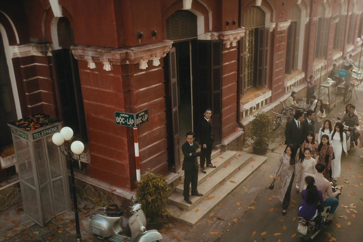Tối 20/12, Sơn Tùng M-TP giới thiệu MV Chúng ta của hiện tại với thời lượng dài 15 phút, thu hút sự chú ý của khán giả.