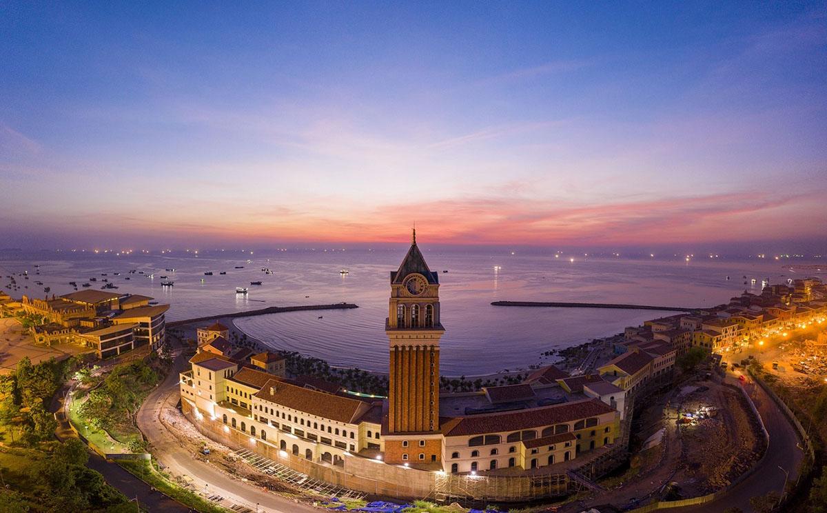 Thị trấn Địa Trung Hải Sun Premier Village Primavera - địa điểm tổ chức New Year Countdown 2021 Nam Phú Quốc