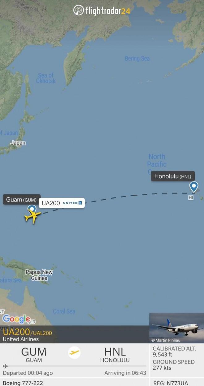Chuyến bay từ đảo Guam đến Hawaii của United Airlines được Flight Radar 24 cung cấp. Nhiều hành khách cho biết họ rất thích thú với trải nghiệm du hành thời gian này, nhưng họ không muốn quay lại năm 2020 một chút nào vì lý do dịch bệnh. Ảnh: Fligth Radar 24