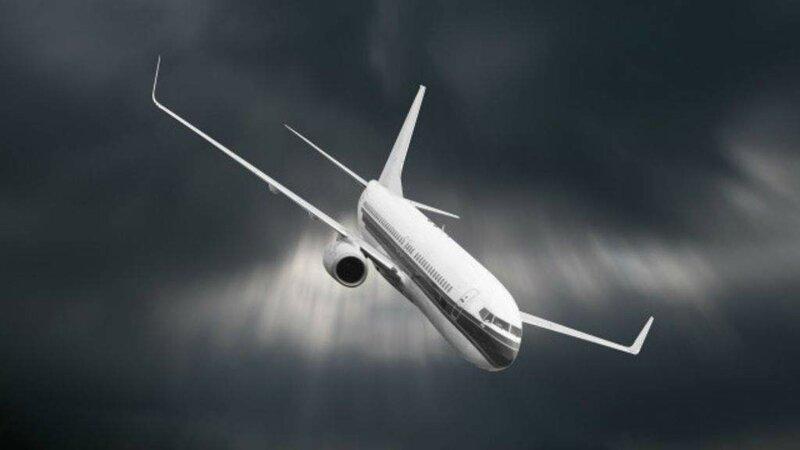 Máy bay rơi trở thành nỗi sợ của nhiều hành khách khi bước chân vào cabin. Ảnh: Fishki