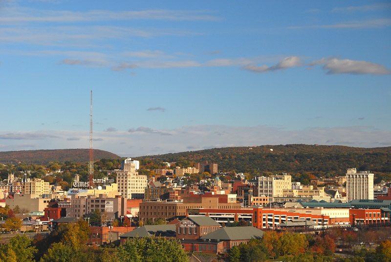 Thành phố Scranton thuộc quận Lackawanna, phía đông bắc tiểu bang Pennsylvania. Quê hương của Joe Biden được chú ý hơn kể từ khi ông tranh cử Tổng thống Mỹ thứ 46. Tuy nhỏ bé, Scranton có bề dày lịch sử phong phú và những câu chuyện, điểm tham quan thú vị. Ảnh: Amateur Traveler