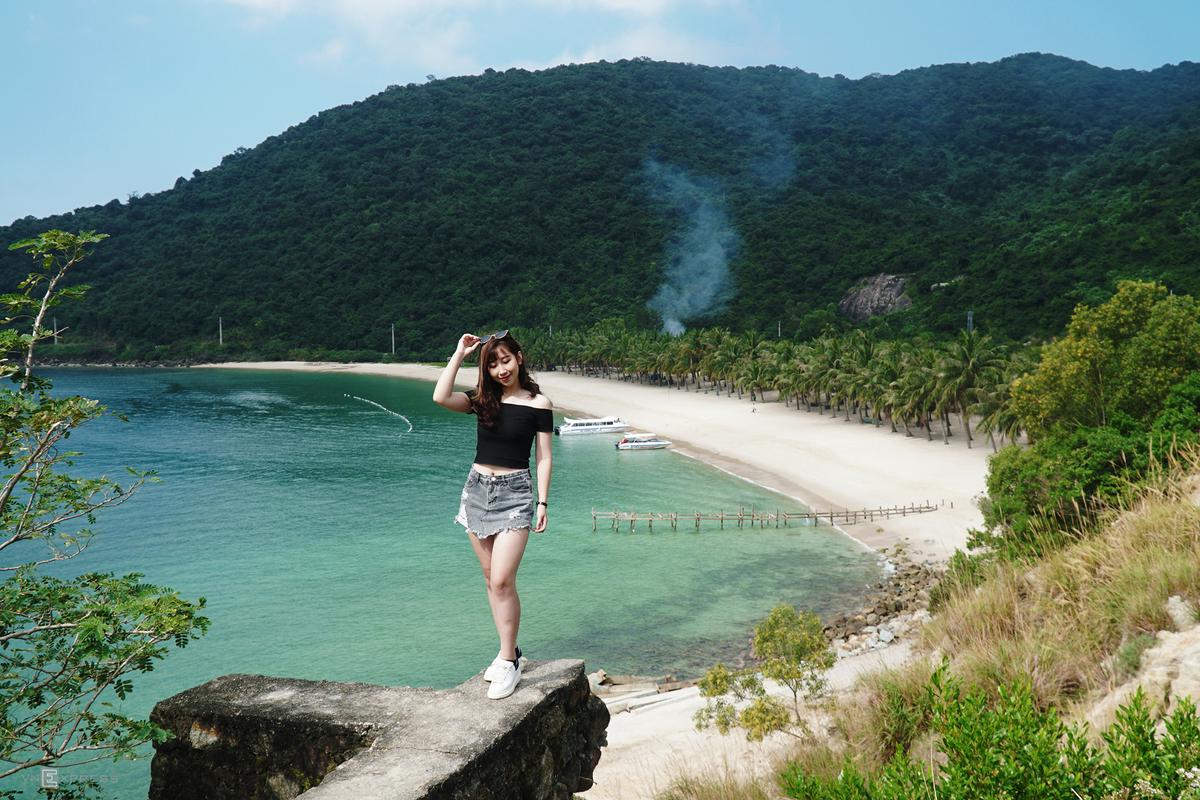 Cù Lao Chàm không nắng gắt, nước biển trong xanh từ khoảng tháng 2 đến tháng 9. Ảnh: Phong Vinh