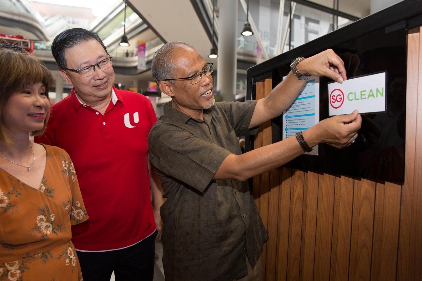 Khách du lịch hoàn toàn yên tâm chọn những điểm vui chơi, giải trí, ăn uống được cấp chứng nhận SG Clean. Ảnh: SG Clean