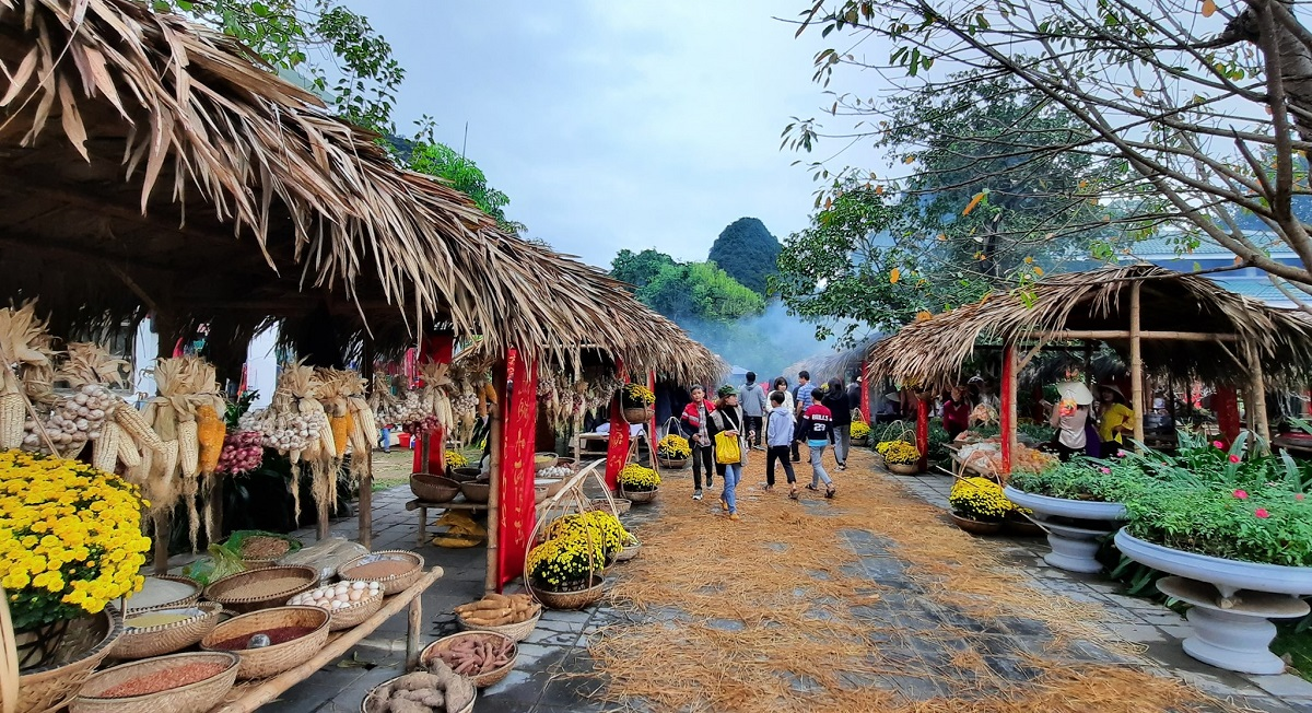 Không gian chợ Tết tại Phong Nha - Kẻ Bàng. Ảnh: TTDL Phong Nha - Kẻ Bàng.
