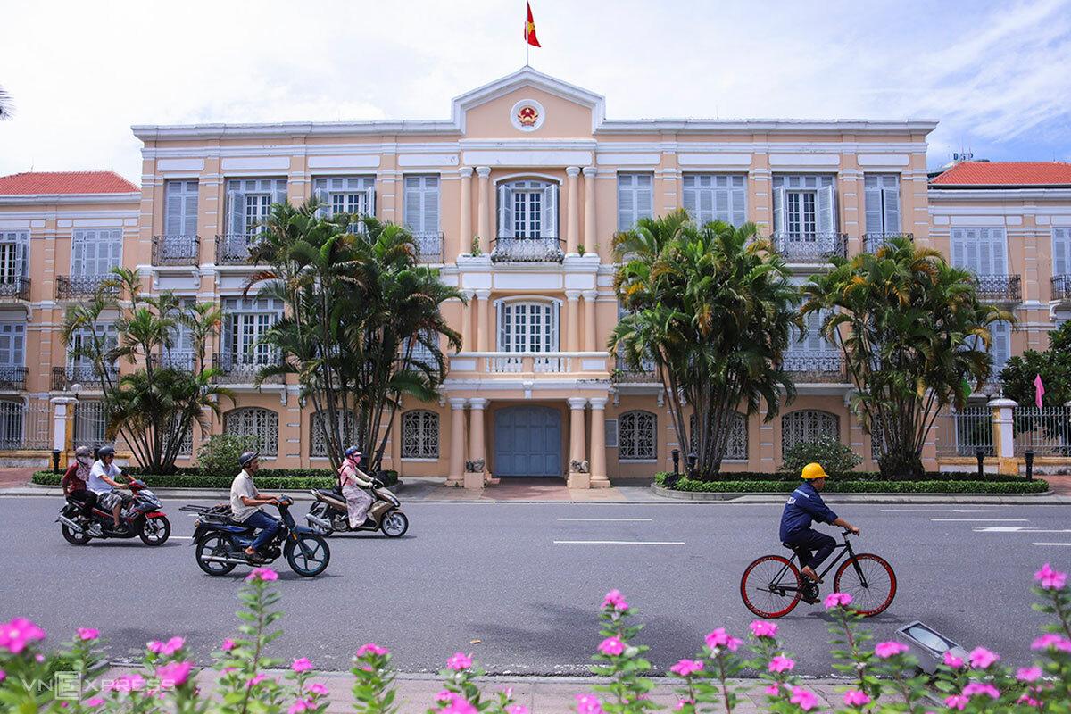 Toà nhà Thị chính thời Pháp thuộc, với kiến trúc do người Pháp xây dựng, đã được quyết định đầu tư làm Bảo tàng Đà Nẵng. Ảnh: Nguyễn Đông.