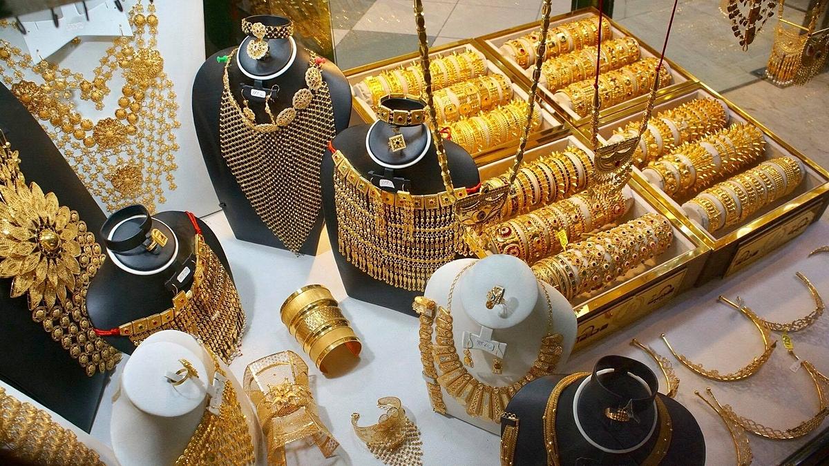 Chợ vàng cũng là một trong những điểm đến hút khách, được nhiều công ty du lịch đưa vào danh sách dẫn khách tới tham quan trước đại dịch. Ảnh: Phương Anh