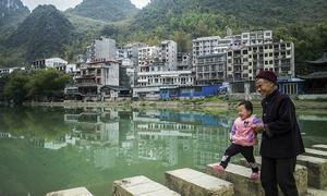 Ngôi làng 'trường thọ' hút khách đến sống tới cuối đời