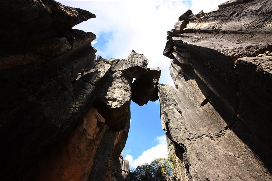 Những khối thạch nhũ được hình thành bởi hiện tượng xói mòn và hoạt động địa chấn qua hàng thiên niên kỷ. Ảnh: China Story