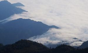Săn mây trên đỉnh Chiêu Lầu Thi