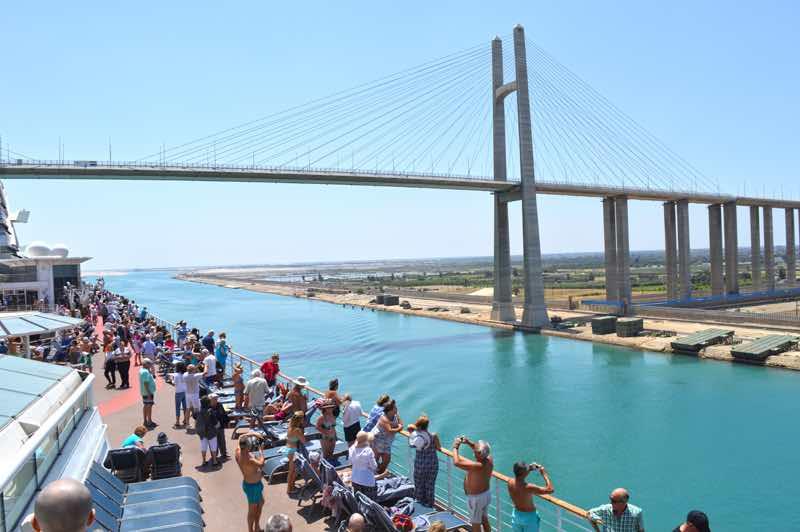Câu chuyện về tiểu quốc gia từng hiện diện 8 năm giữa kênh đào Suez cũng thường được các hướng dẫn viên kể cho du khách nghe khi tới đây tham quan. Ảnh: Travel Food Drinks