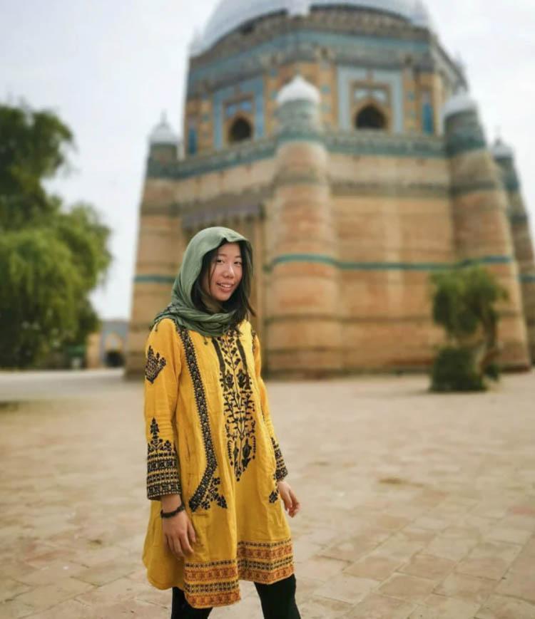 Jean trong một bức ảnh ở Pakistan. Ảnh: Marsha jean/Instagram