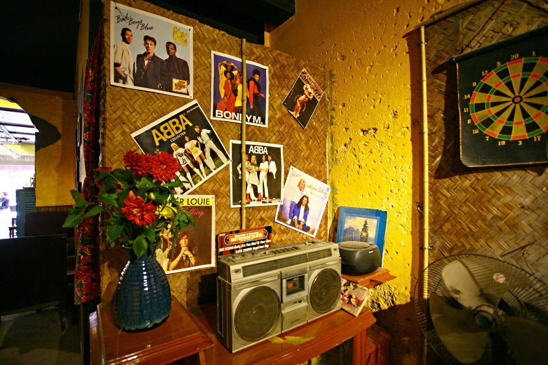 Hình ảnh những ban nhạc nổi tiếng thời đó như: ABBA,Modern Talking, Boney M, Bad Boys Blue... Thế hệ 6X, 7X hẳn thuộc nằm lòng một thời tuổi trẻ.