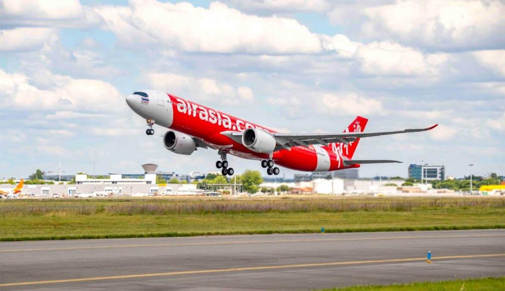 Đại diện hãng bay xác nhận sự cố, người đàn ông vẫn đang bị điều tra để xem xét việc cấm bay. Ảnh: eTubo News