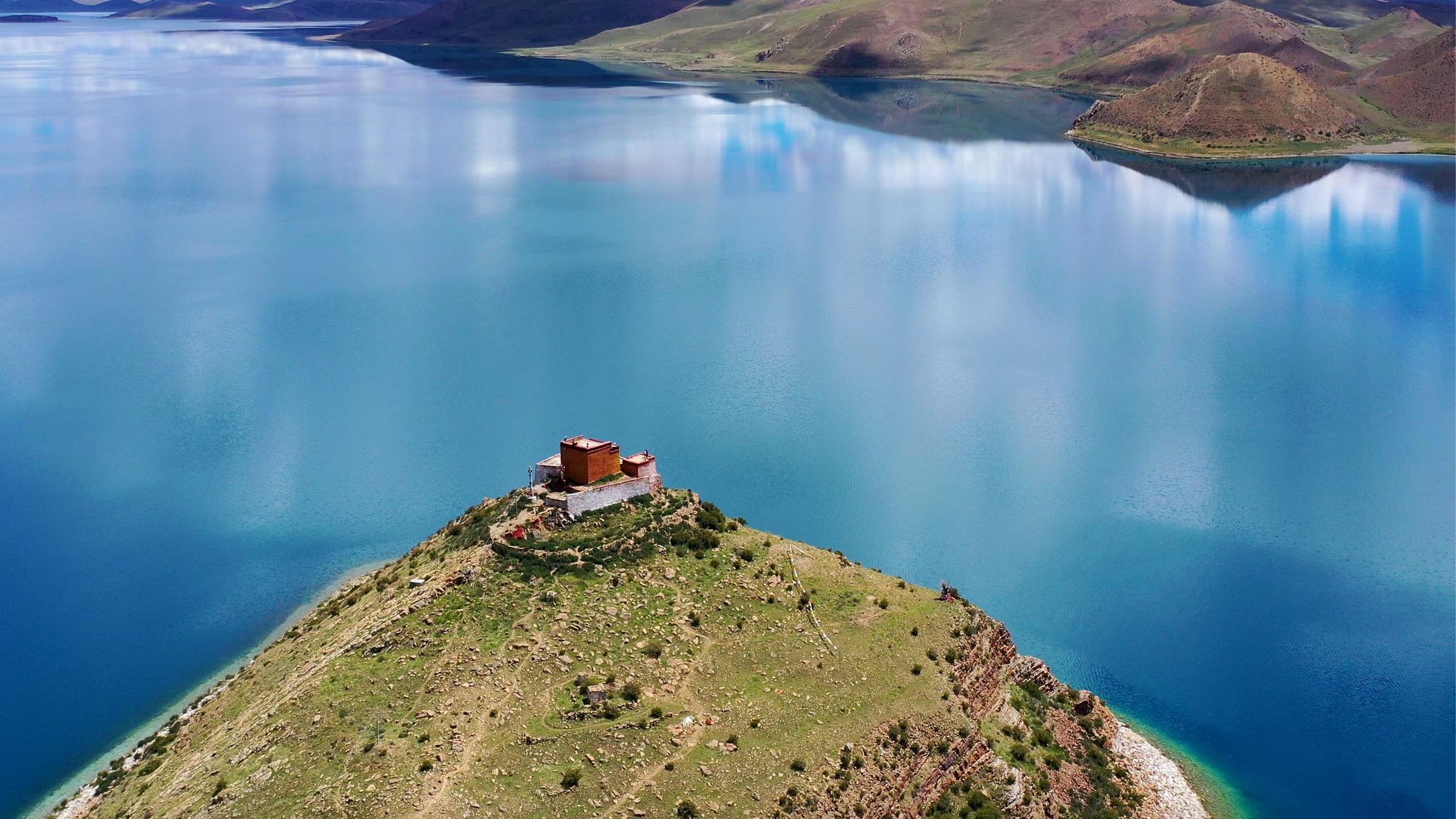 Ngôi đền cô đơn nhất thế giới ở Tây Tạng - 2