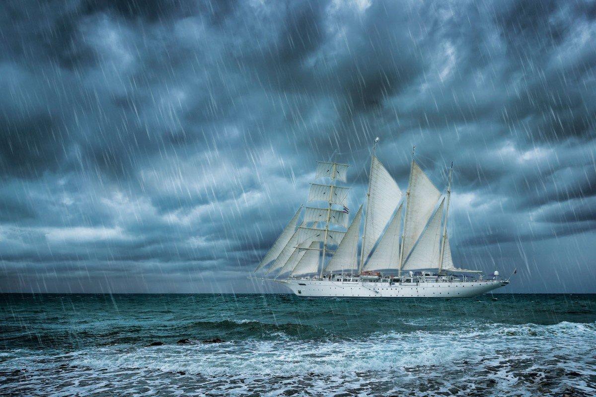 Phần lớn thời gian trong chuyến đi kéo dài tám ngày của Cobaj là mưa gió, khiến các hoạt động vui chơi, tham quan đều bị hủy. Ảnh: Shutterstock