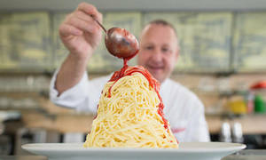 Kem spaghetti bán hơn 30 triệu phần mỗi năm