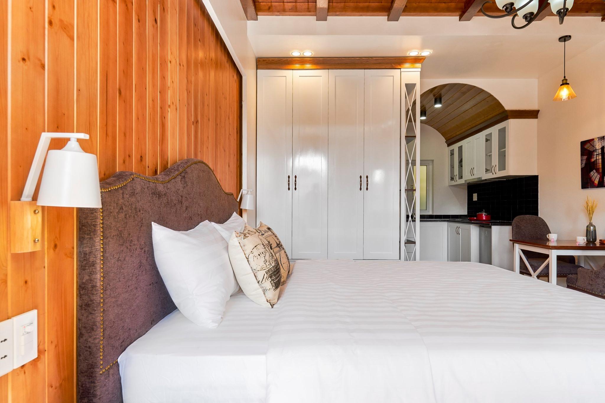 Phòng ốc đầy đủ tiện ích dành cho khách dừng chân tại Little Colmar. Ảnh: Little Colmar Boutique Homestay