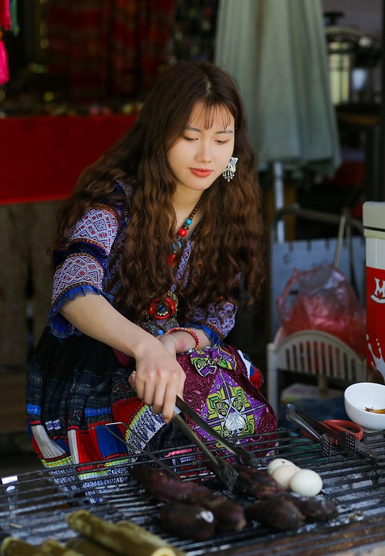 Hình ảnh của Phương được du khách chụp lại ngày 3/5. Ảnh: Dương Văn Quang.