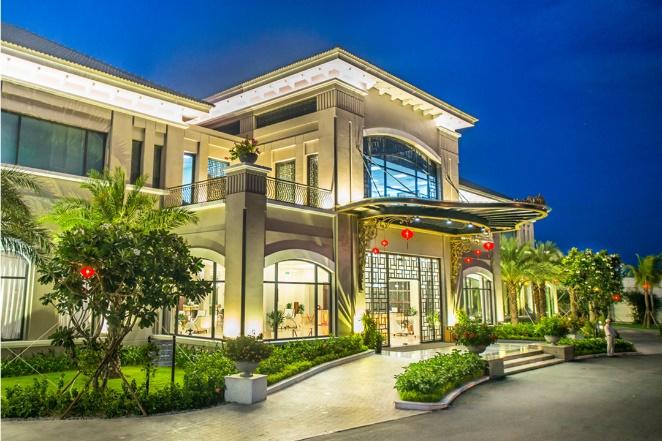 Nhiều khách sạn, khu nghỉ dưỡng của Vinpearl được vinh danh nhờ mang đến lựa chọn đa dạng, phù hợp mọi nhu cầu cùng hệ sinh thái dịch vụ đẳng cấp.