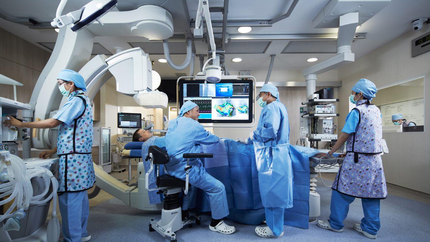 Đội ngũ y bác sĩ tại Thái Lan được đào tạo chuyên sâu, có tay nghề cao.