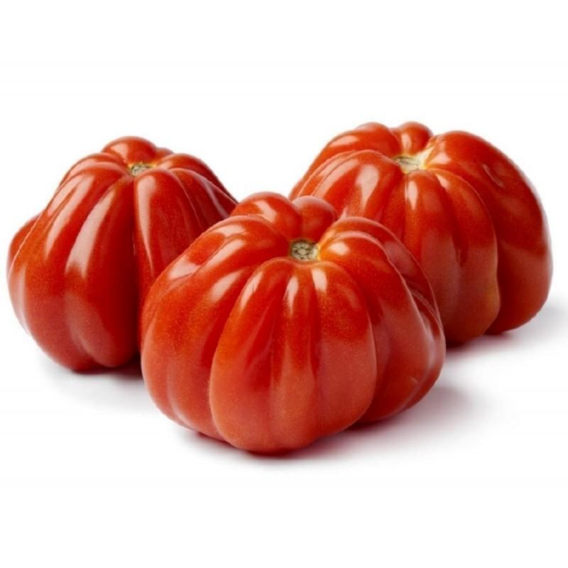 Với nhiều nước, cà chua đơn giản chỉ là cà chua. Nhưng bạn sẽ phải ngạc nhiên khi đến Italy, nơi có rất nhiều giống cà chua khác nhau. Một số loại cà chua dùng cho món salad, một số dùng trong nấu ăn. Trên ảnh là cà chua tim bò. Ảnh: Seeds Gallery Shop