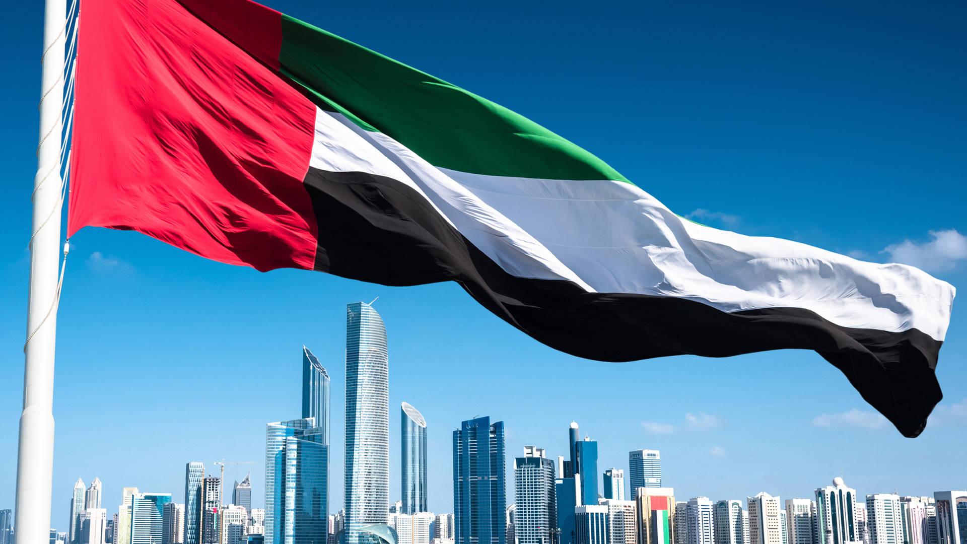 Ngày Quốc khánh của UAE được tổ chức vào 2/12. Năm nay, đất nước này sẽ tròn 50 năm thành lập. UAE gồm 7 tiểu vương quốc: Abu Dhabi, Dubai, Sharjah, Ras al-Khaimah, Ajman, Umm al-Quwain và Fujairah và được thành lập dưới sự lãnh đạo của tiểu vương Dubai khi đó là Sheikh Zayed bin Sultan Al Nahyan. Ông cũng được coi là cha đẻ và là tổng thống đầu tiên của đất nước này. Ảnh: Jumeirah