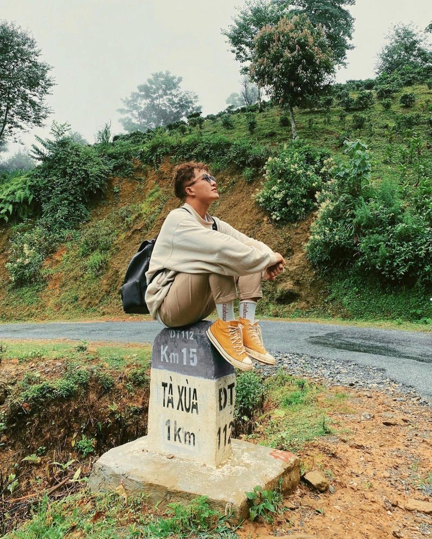 Tiến Khôi đã có chuyến đi săn mây đầy ngẫu hứng ở đỉnh Tà Xùa vào tháng 10 năm ngoái. Ảnh: NVCC